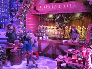 Lord & Taylor's holiday windows