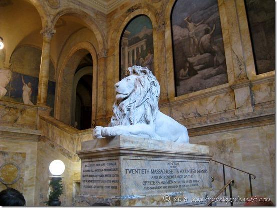 Marble lion memorial in honor of the Twentieth Massachusetts Volunteer Infantry Regiment