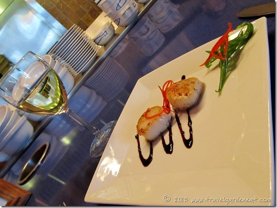 Seared Scallops with Blueberry Balsamic