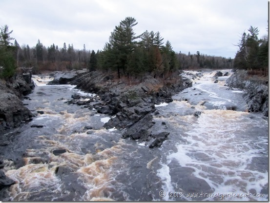 The divergent St. Louis River in Jay Cooke State Park