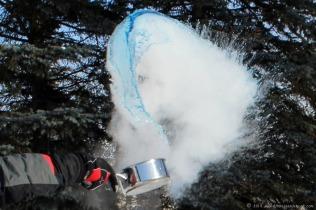 Sub-zero blue boiling water toss
