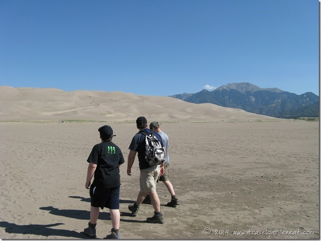 Starting out on a Great Sand Dunes hike