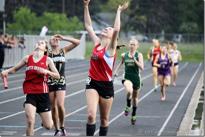section girls 4x400 16 5_31_14