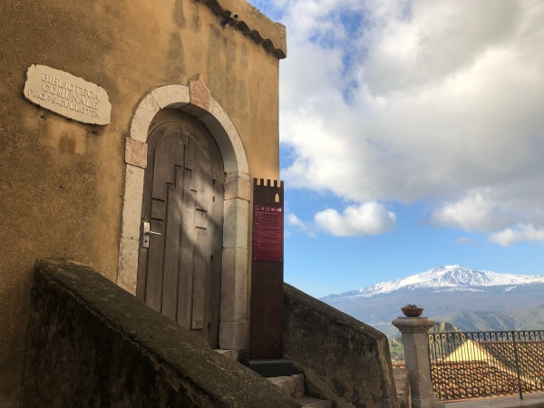 Castelmola's library with a view